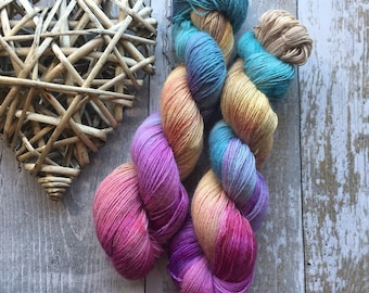 Hand dyed 4ply 100% baby alpaca yarn Love song 100g