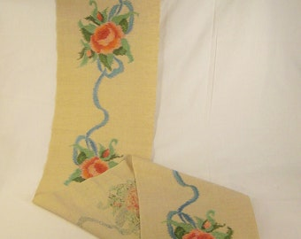 Arts and Crafts RUNNER  ROSES and RIBBONS  Hand Embroidered 120 X 12 Linen textile banner