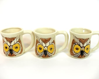 "SALE! Retro Winking Owl Mugs ""Have a Nice Day"", Retro Coffee Mugs, Owl Mugs, Retro Mug, Vintage Kitchen, Retro Kitchen"