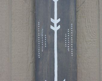 Handmade Rustic Arrow Wall Hanging