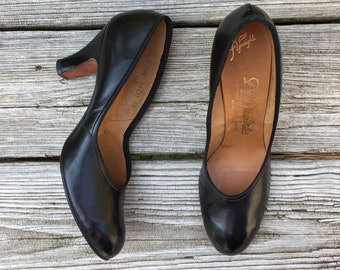 NOS Vintage 1940s Black Leather Pumps /Swing shoes WW2/Old Hollywood / Pinup heels / Bombshell /Dress Shoes