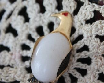 Vintage White Belly Penguin BROOCH/ Pin, Vintage Penguin Pin, gold metal red eyed penguin