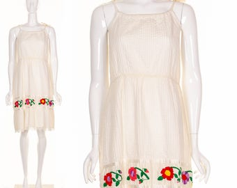 Vintage 60's Gypsy Wedding Dress Bohemian White Wedding Dress Beach Dress Colorful Hand Embroidered Flowers  Sundress Festival Dress