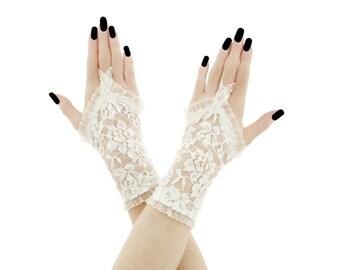 lace gloves ivory gloves bridal gloves wedding gloves fingerless gloves ivory gloves short fingerless gloves fabric gloves lace ivory 4565