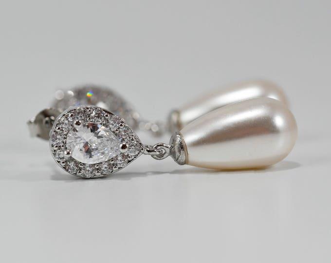 Bridal earrings, Crystal swarovski pearl drop earrings, gold, wedding jewelry, custom made, brides, mother  bride, Prom earrings
