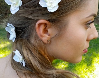 Ivory Flowers Hair Pins Bridal Hair Accessory Cream flower pins Woodland Wedding hair bobby pins.