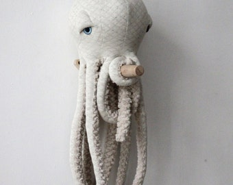 Small Albino Octopus