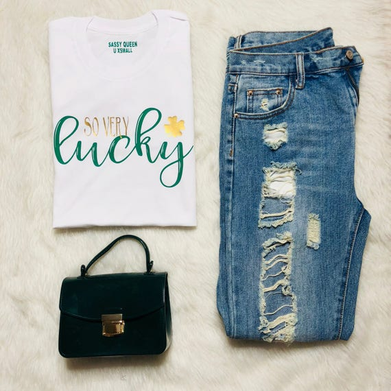 So Very Lucky / Statement Tee / Graphic Tee / Statement Tshirt / Graphic Tshirt / T shirt