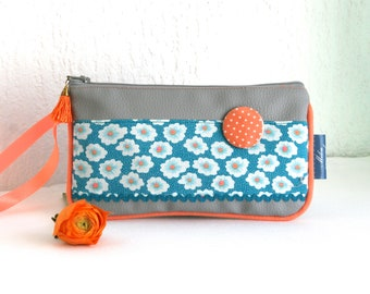 Popsy leatherette pouch and blue Collection Flowers cotton