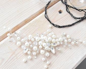 LOVELY WHITE   Bridal hair comb bridal headpiece wedding hairpiece wedding pearl hair comb
