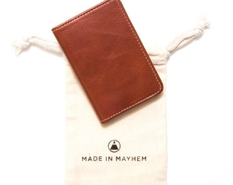 Classic Brown leather wallet -  Whiskey Small leather bifold wallet for men. Everyday slim wallet for women, fits 12 cards and cash folded.