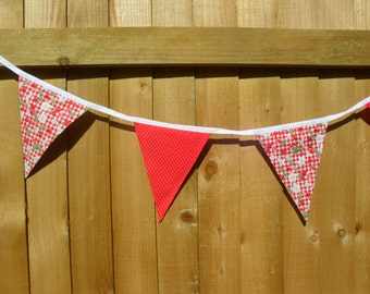 Strawberry and red with white polka dots Bunting / banner. Stawberry bunting. Item No. LDC0152