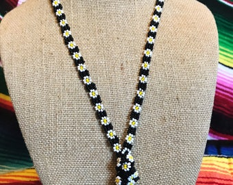 vintage beaded daisy chain necklace
