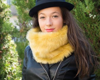 Faux fur scarf / Yellow and black reversible cowl scarf / Knit infinity scarf / Fur cowl scarf / Winter fur scarf / Fur cowl scarf