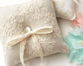 Wedding Ring Pillow, Ring Bearer Pillow, Wedding Pillow, Wedding Ring Pillow, Ring Bearer, Lace Ring Pillow, Rustic Wedding, Ring Cushion