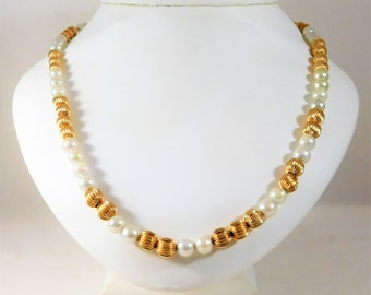 Vintage 18 inch 14k Gold Bead and White Pearl Necklace