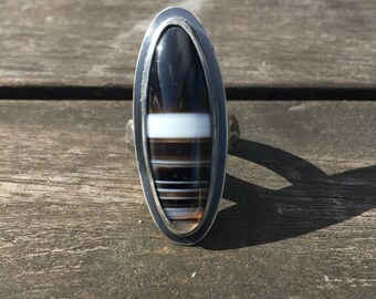 Black & White Tuxedo Agate and Sterling Silver Ring. Size 8.25. Free Shipping to US