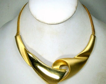 SALE, Gold Sculptural Bib Necklace on Flat Slithery Gold Chain, Shiny and Matte Finish 1980s