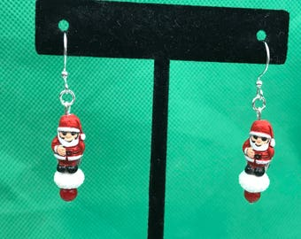 Santa Claus Silver Tone Beaded Dangle Pierced Earrings New Gift