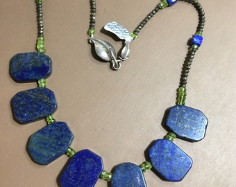 Lapis and Peridot necklace Blue and green necklace-flat Lapis Lazuli chunky necklace