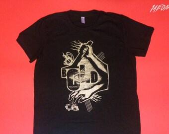old machines t-shirt, new design, men's graphic tshirt, gold silkscreened, silkscreen, screenprint, black and gold