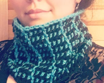 Two colored loop/cowl - crochet pattern