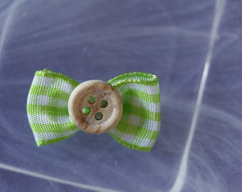 wood button green Plaid bowtie