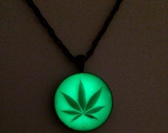 Cannabis Marijuana Leaf Glow in the dark Necklace, Weed Leaf Necklace, Marijuana Jewelry, 420 Jewelry, Stoner Necklace, Ganja Pendant