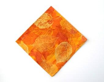 Cotton Napkins, Fall Napkins, Set of 4, Cloth Dinner Napkins, Everyday Napkins, Eco-Friendly, Reusable, Metallic Leaf Print