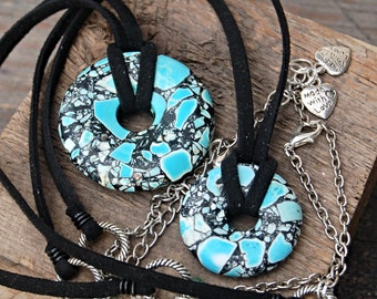 Round Stone Necklace, Turquoise Necklace, Magnesite Necklace, Mosaic Necklace, Bohemian Jewelry, Hippie Gypsy Necklace, Howlite Pendant