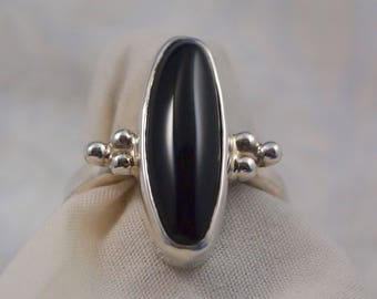 Black  Onyx  Ring size 8 1/2 in Sterling Silver