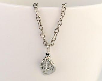 April birthstone necklace, April necklace, April pendant necklace, april leaf pendant, crystal birthstone necklace, crystal pendant necklace