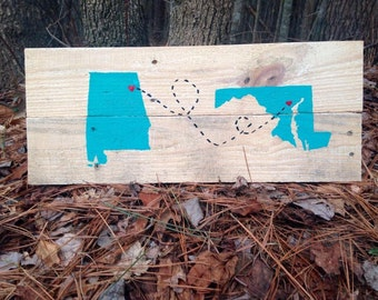 Personalized, Reclaimed wood, Two State Sign /State Pallet/Wooden State Sign