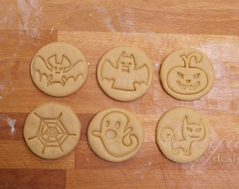 Halloween cookie cutter set, Halloween buiscuit cutter set - Set of 6 (six) cutters