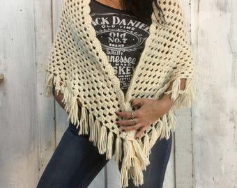Vintage Handmade Shawl//Folk Art Crochet Shawl//Vintage Crochet Wrap