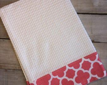Kitchen Towel, Hand Towel, Tea Towel, Waffle Weave Towel, Dish Towel, Kitchen Hand Towel-Large Coral Quatrefoil