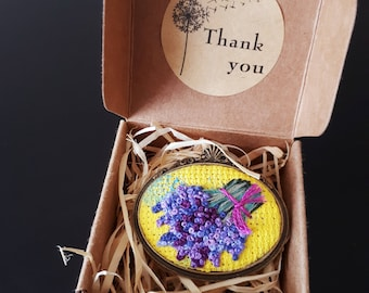Embroidery brooch with lavender