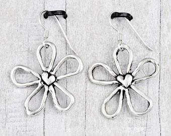Blossom Earrings - Flower Jewelry - Daisy Earrings - E847