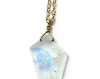 Moonstone Necklace - Rainbow Moonstone Necklace - Moon Stone Jewelry - Statement Necklace - Gold Chain Jewelry - Iridescent - Gemstone