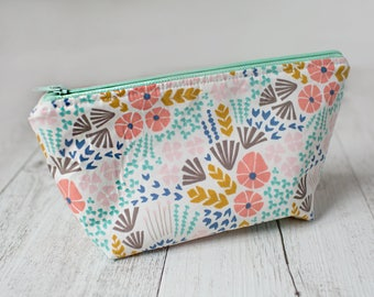 Pastel floral makeup pouch. Zipper pouch. Water resistant lining. Small bag. Cosmetic bag. Pencil case