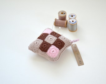 Crochet Pincushion / Patchwork
