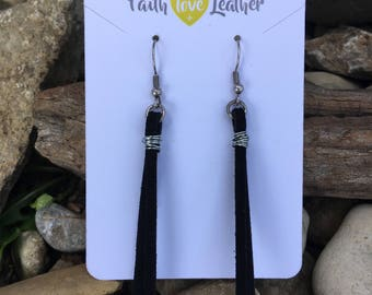 Threads of Hope earrings in black