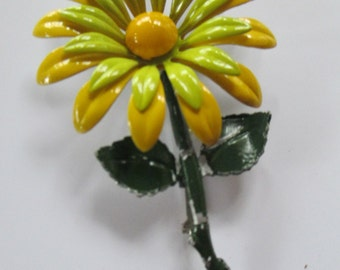 K Vintage Spring Time flower enamelled brooch label pin silver toned  no markings