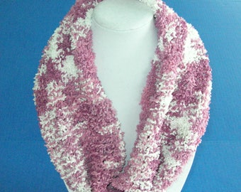 Pink and White Knit Scarf / Pink Circle Scarf / Hand Knit Textured Cowl