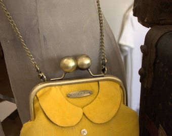 """Vintage """"Cecily's collar"""" purse shoulder bag yellow Tulip"""