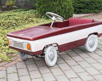 Restored pedal car Moskvich Children red white play Soviet Kid Vintage Retro USSR Russian Toy rare metal boy girl tin photo prop display