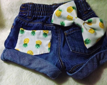 Pineapple Shorts & Bow 12-18 month