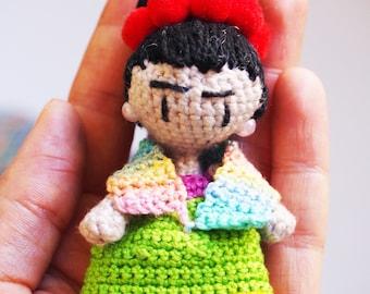 Mini Frida Kahlo (crochet)