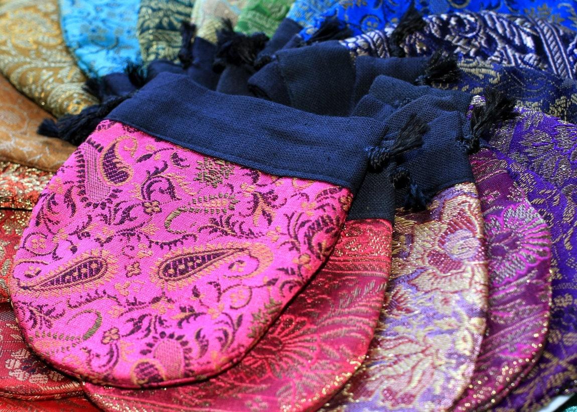 30 X Medium Indian Wedding Favor Bags Jewelry Gift Bags Sari Bags
