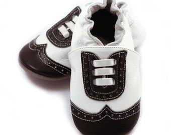 White and black wingtip baby shoes, for boys, dressy leather shoes, dress up shoes, holiday shoes,baby booties,toddler shoes, baby moccasins